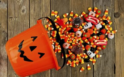 How to Hand Out Healthy Halloween Treats