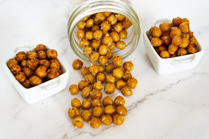 Roasted Chickpeas from cups and jar